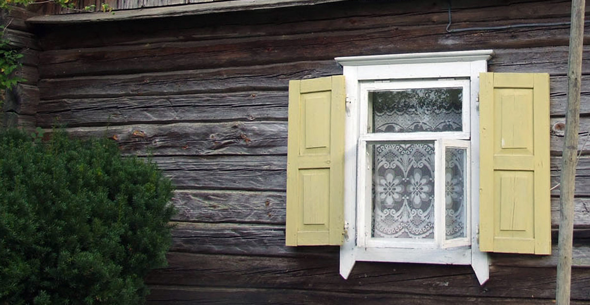 Karageliskes langas su langinem
